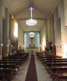 interno-chiesa-matera